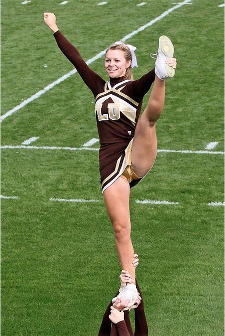 Cheerleader strikes a pose | Lehigh University vs. Harvard ...