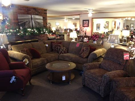 Living Room Furniture & Home Decor
