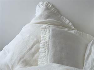 Bettwäsche Weiß Rüschen : leinen kissenbezug madara mit r schen wei 40x 80 cm oder 80x 80 cm ~ Orissabook.com Haus und Dekorationen
