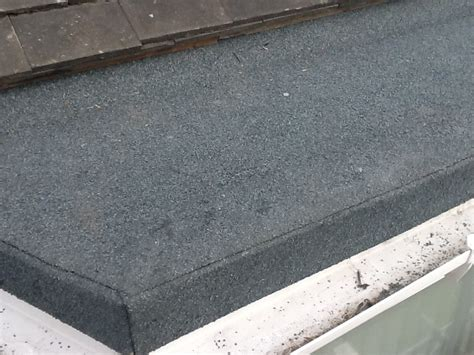 gritty fake tarmac stuff [roofingfelt]  WordReference Forums
