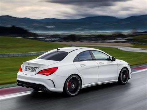 Cla 250 and amg cla 45. Mercedes-Benz CLA 45 AMG revealed ahead of New York debut ...