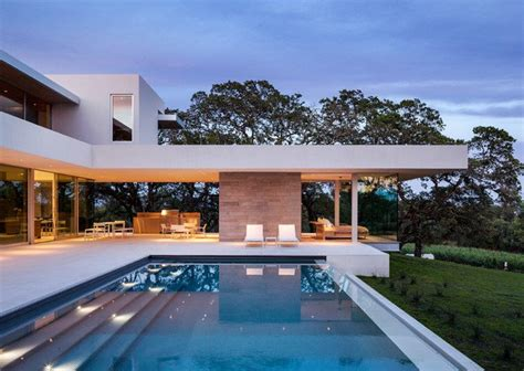 20 Unbelievable Modern Swimming Pool Designs You're Going