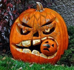 Kürbis Gesichter Gruselig : halloween deko in 44 beispielen tauchen sie in die echte ~ A.2002-acura-tl-radio.info Haus und Dekorationen