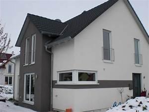 Fassadenfarben Am Haus Sehen : fassade fertig anstrich ist dran blogameglenbach ~ Markanthonyermac.com Haus und Dekorationen