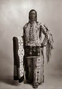 Native American Indian Traditional Clothing