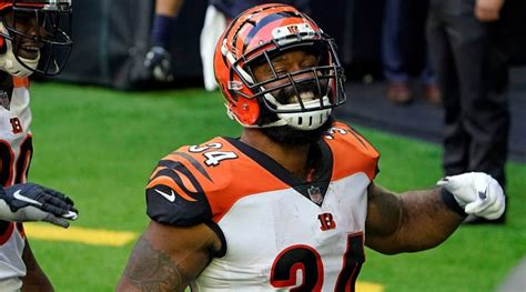Bengals beat Texans 37-31 for first road win since 2018 ...