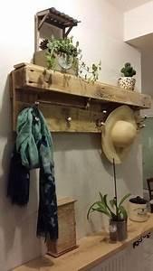 Inspiration photos and bricolage on pinterest for Charming meuble porte manteau entree 4 porte manteau en bois de palette petites bricoles en