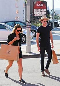 Niall Horan shops with stylist in West Hollywood | Daily ...