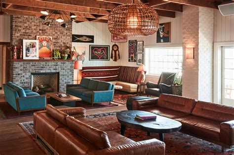 THE BUNGALOW HB – Studio-Collective