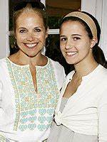 Katie Couric Says Carrie is 'Just Not That Into' Mom ...