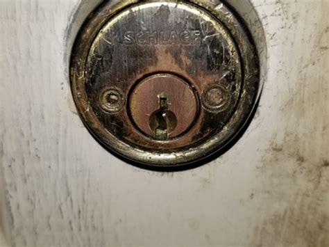 schlage door hardware removal help to remove schlage deadbolt doityourself com