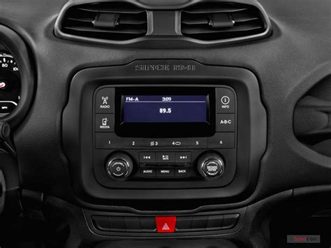 jeep renegade interior 2016 2016 jeep renegade interior u s news world report