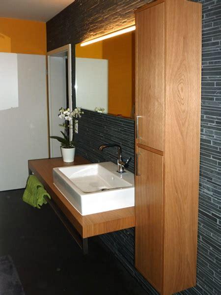badezimmermoebel holz modern