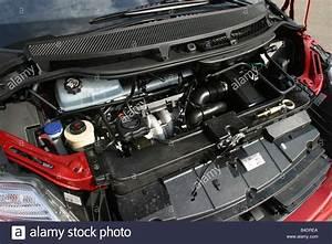 Car  Citroen C8  Van  Model Year 2002