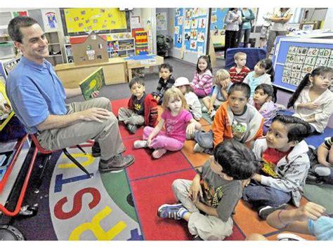 santa clarita preschool things to do in santa clarita sant 984 | 05XX News Books JP 01a