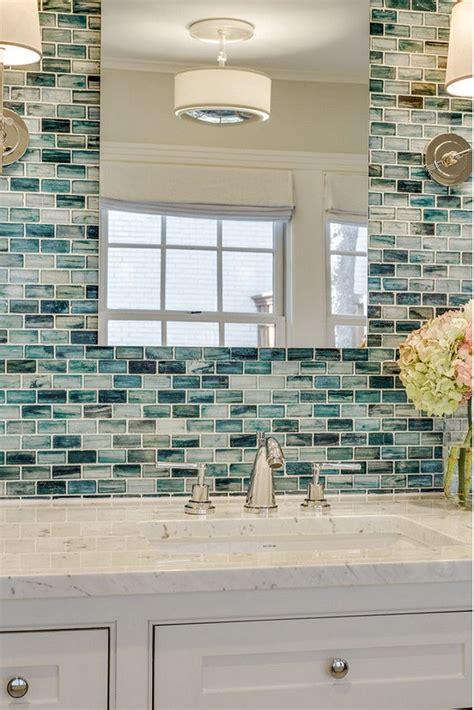 Glass Bathroom Tiles Ideas by Best 25 Accent Tile Bathroom Ideas On Small