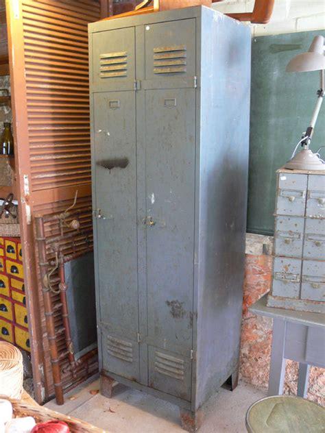 comment decaper une armoire metallique comment decaper une armoire metallique 28 images comment peindre une armoire m 233 tallique