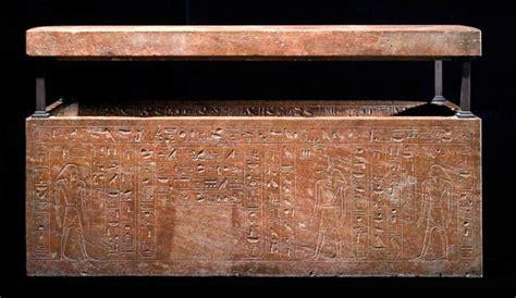 m騁ier femme de chambre hatshepsout le mystère de la femme pharaon mystere du monde