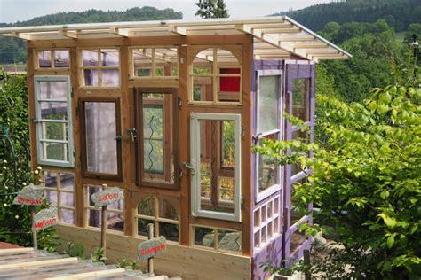 Gewächshaus Aus Fenstern by Gartenhaus Gew 228 Chshaus Aus Alten Fenstern Bauanleitung