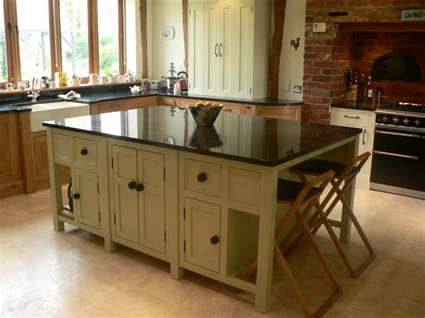 Kitchen Island With Seating Space