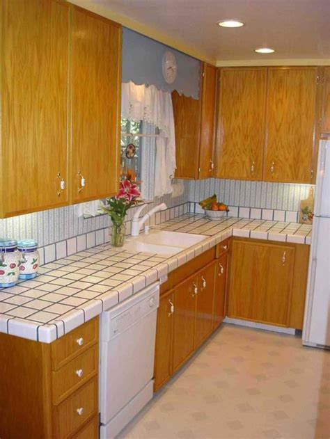 Tiled Countertops In Kitchen by 20 Pictures Of Simple Tile Kitchen Countertops Home