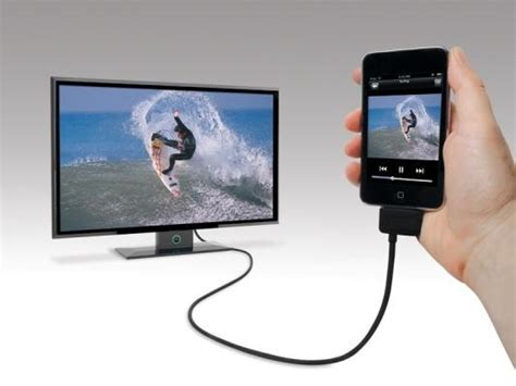 iphone to tv cable iphone 4 to tv cable sneakpeek by scosche