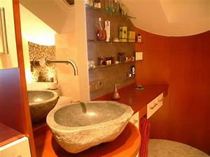 Badrenovierung Kleines Bad : kleines badezimmer renovieren ~ Markanthonyermac.com Haus und Dekorationen