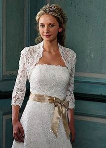 advantages of casual wedding dresses With wedding dresses for older women
