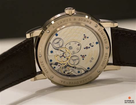 Lange 1 Time Zone Honey Gold