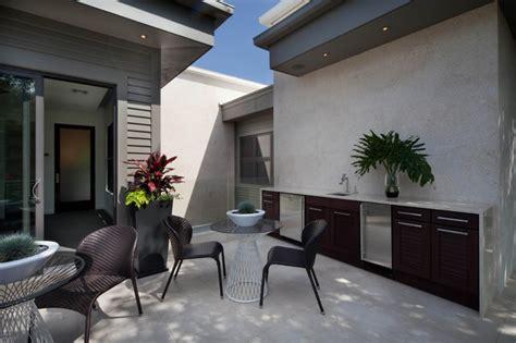 miwa modern patio orlando  phil kean design group