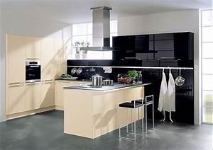 Küche L Form Hochglanz : l form k che mit esstheke in caramel und hochglanz schwarz ~ Bigdaddyawards.com Haus und Dekorationen