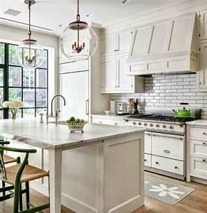 Cottage Flavor: White Cottage Kitchens