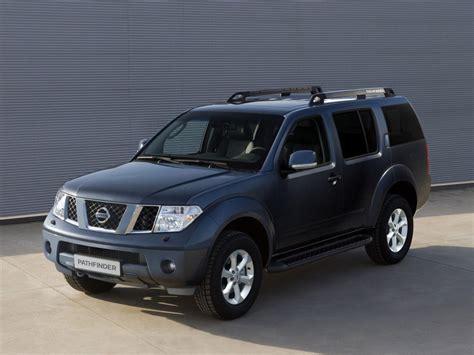 Nissan Pathfinder (20052014) Review, Problems, Specs