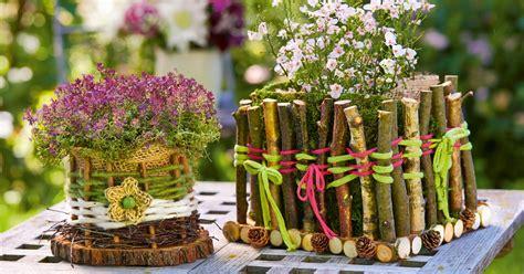 geschenkkörbchen selber basteln basteln mit naturmaterialien wald basteln im herbst holzspielwaren ackermann basteln mit