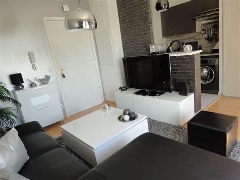 cuisine et salon cuisine indogate papier peint salon noir et blanc