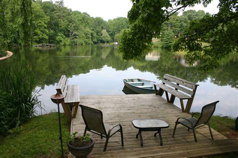 Lakeside Garden Cottage  Water Rock Garden Retreat
