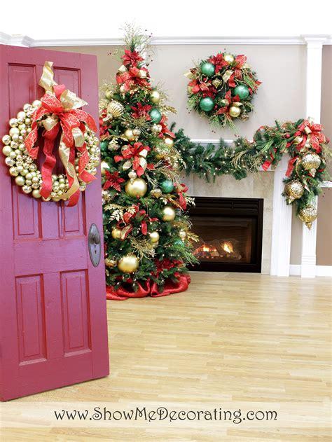 show  decorating  christmas tree themes inspiration