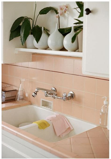 pink tiles kitchen 25 best ideas about pink tiles on pink 1504