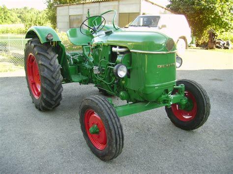 siege tracteur ancien vends deutz d30s de 1962