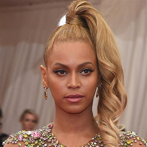 beyonce hair color beyonce s hair color at met gala 2015 popsugar