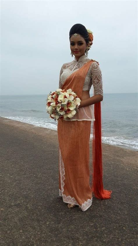 sri lankan bridesmaid dinakshi priyasad saree bs