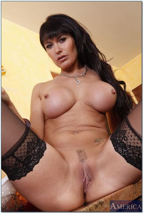 Well Stacked Mommy Spread Eagles And Flashes In Black
