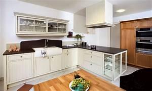 Moderne Landhausküche Weiß : landhausk che modern so wird die landhausk che gem tlich und zeitgem ~ Markanthonyermac.com Haus und Dekorationen