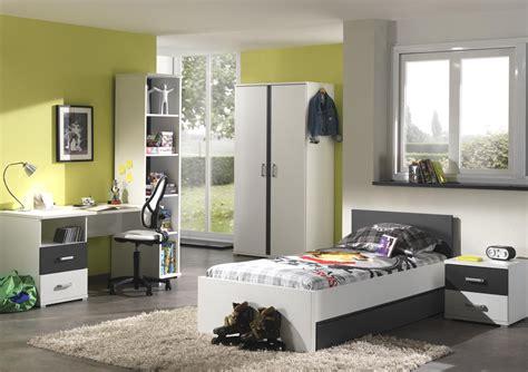 chambre bébé grise et blanche chambre enfant complète contemporaine blanche et grise
