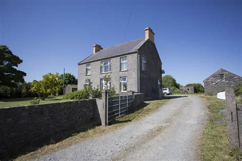 An Excellent Farm House, Yard, Oubuildings And C 20 Acres