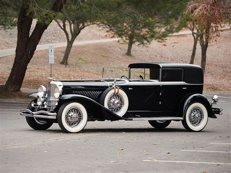 duesenberg model  town car