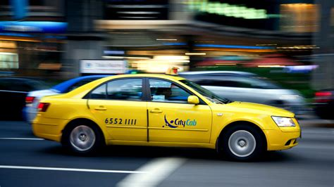 Yellow Taxis Safer Than Blue Ones, Study Concludes