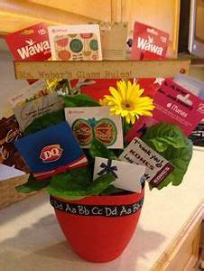 Gift Card Wreath for Teacher