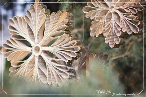 diy paper book snowflake ornaments beesdiycom