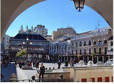 Plaza Mayor y Ayuntamiento